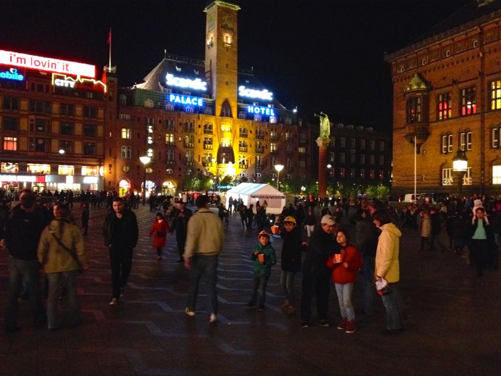 Der Rathausplatz in Kopenhagen